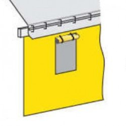 Finestra singola con zanzariera e copri-finestra in PVC